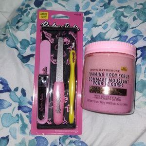 Barbie X Revlon Kit + Champagne Wishes Scrub New